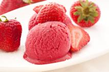 Sorbet truskawkowy: przepis na deser z truskawek
