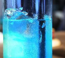 Napój orzeźwiający na bazie curacao - sherry drink