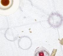 Plamy z kawy – domowe sposoby na wywabianie plam z kawy