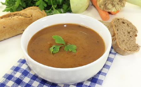 Zapalanka na słoninie - prosty przepis na tanią zupę