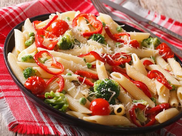 Makaron Z Brokulami Dietetyczny Przepis Ewy Chodakowskiej