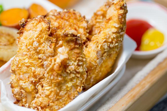 Dietetyczne filety drobiowe z piekarnika: przepis bez smażenia, bez glutenu, bez tłuszczu