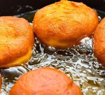 Jak smażyć pączki, żeby się nie przypalały i były ładnie zrumienione [WIDEO]